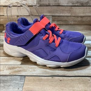 UNDER ARMOUR   Great Sneakers